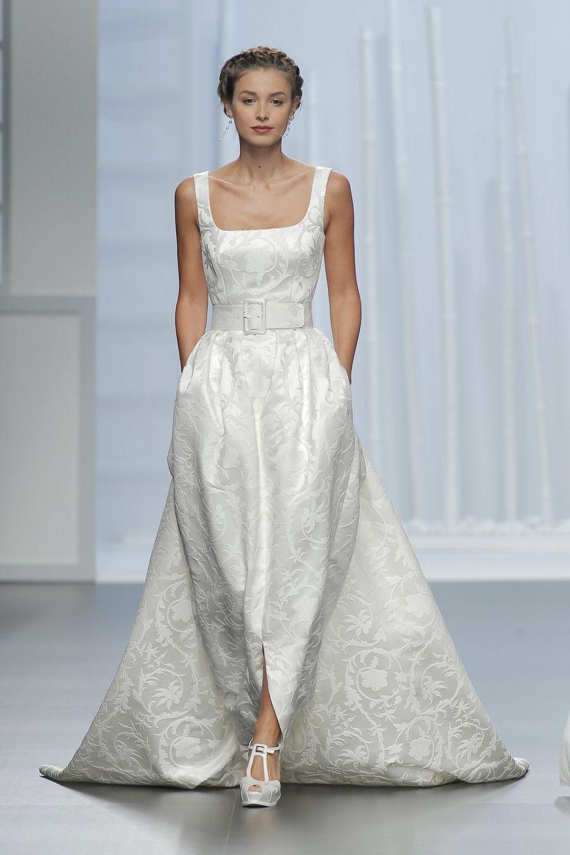 Square wedding dress neckline
