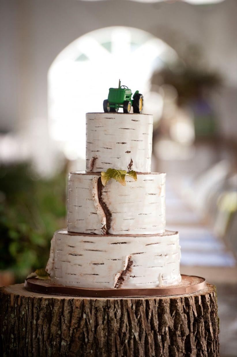 Faux-bois wedding cake