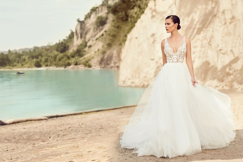 Plunging V wedding dress neckline