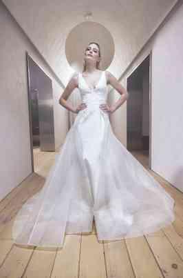 Wedding Dresses Romona Keveza